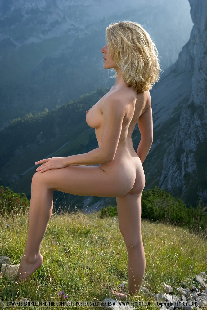 Julia nudes femjoy of mountain