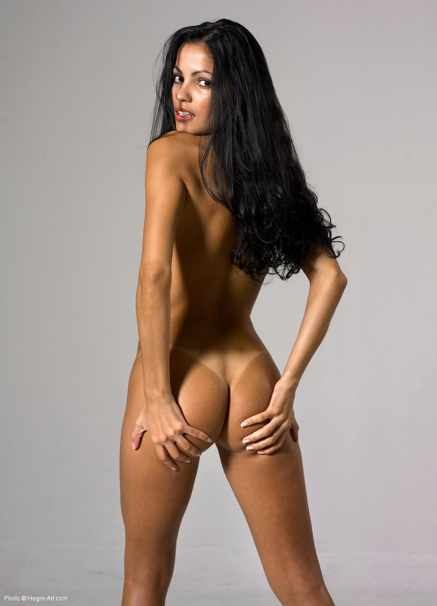 herge art nude