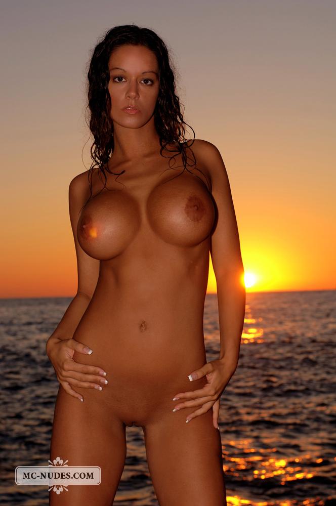 nudes vivian Mc