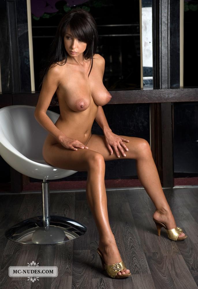 Totally nude nudist