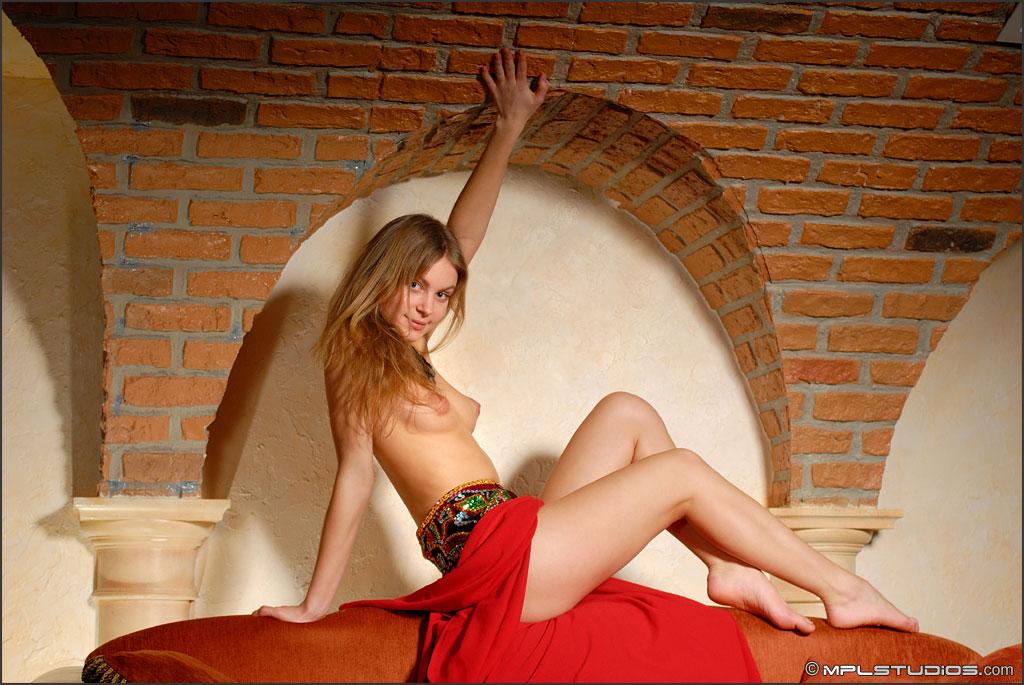 studios camille nude Mpl