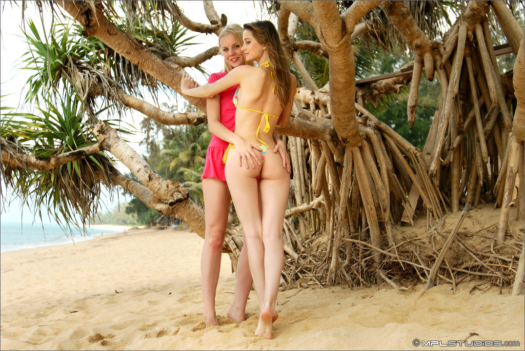 Perfect lesbian intimacy - 2 part 9