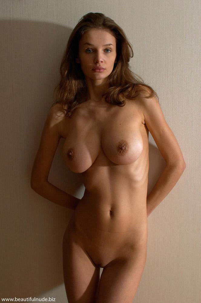 Pretty nude pic