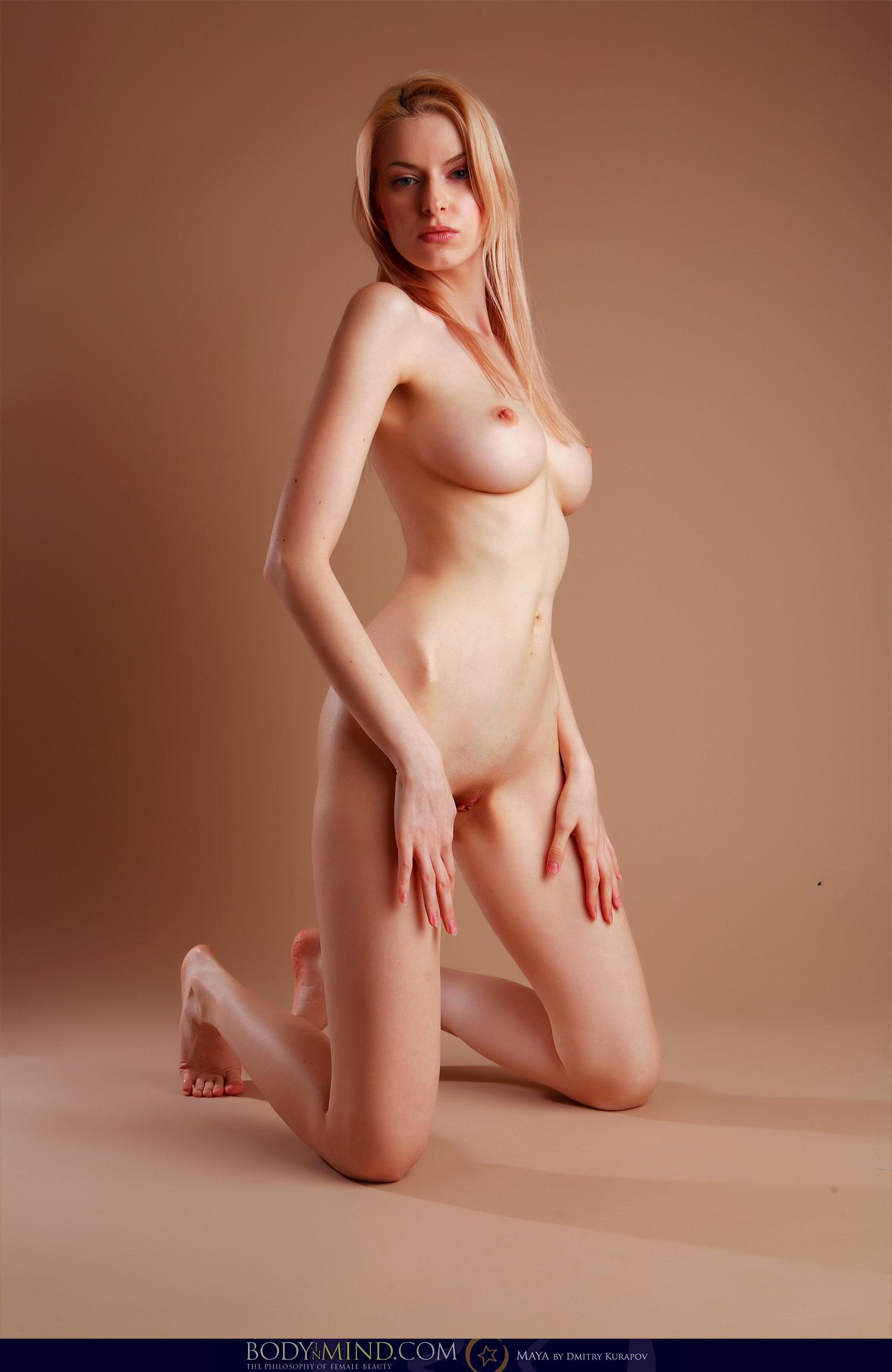 Mind nude models in body