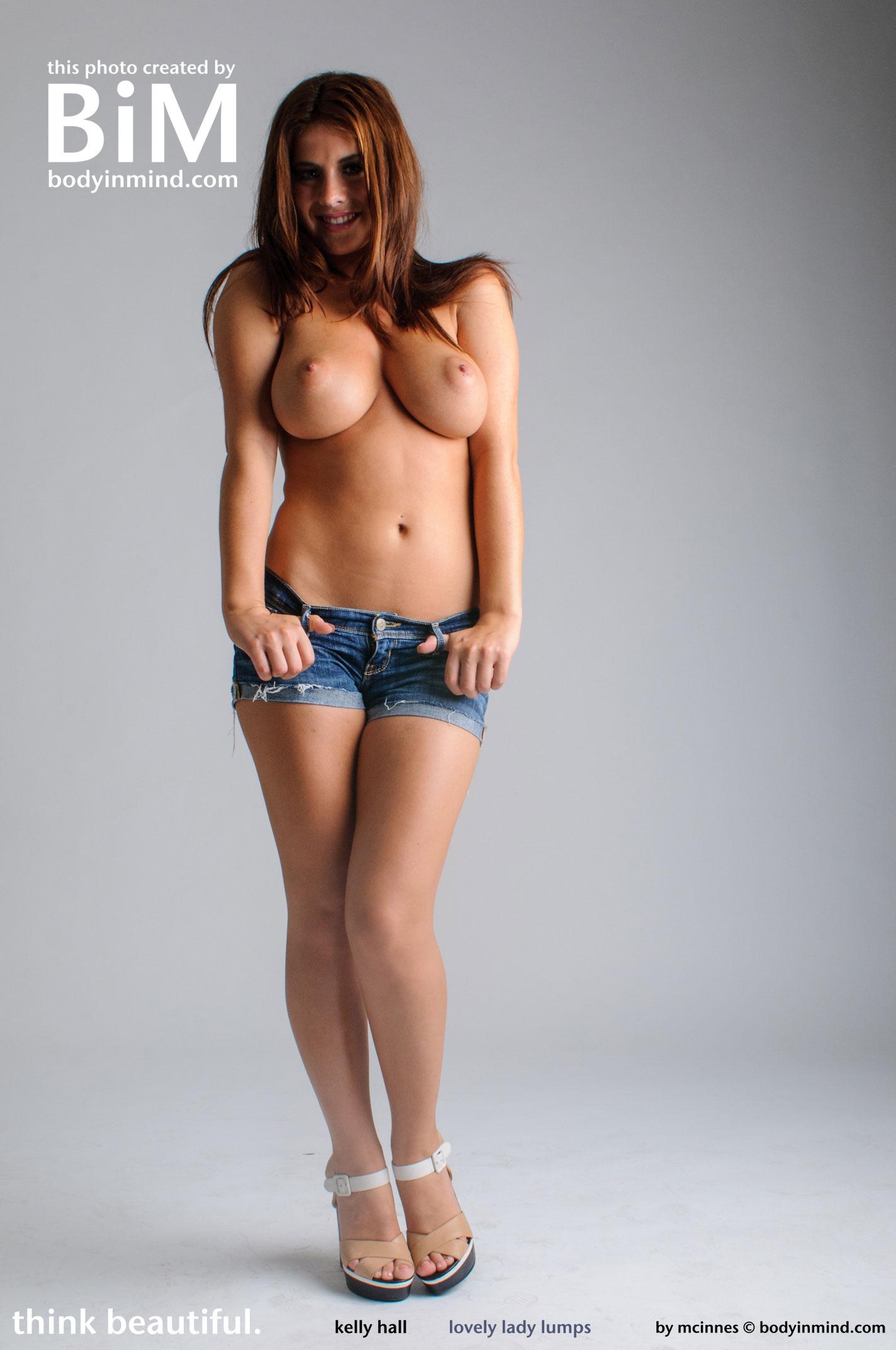 Zoe saldana nude gif