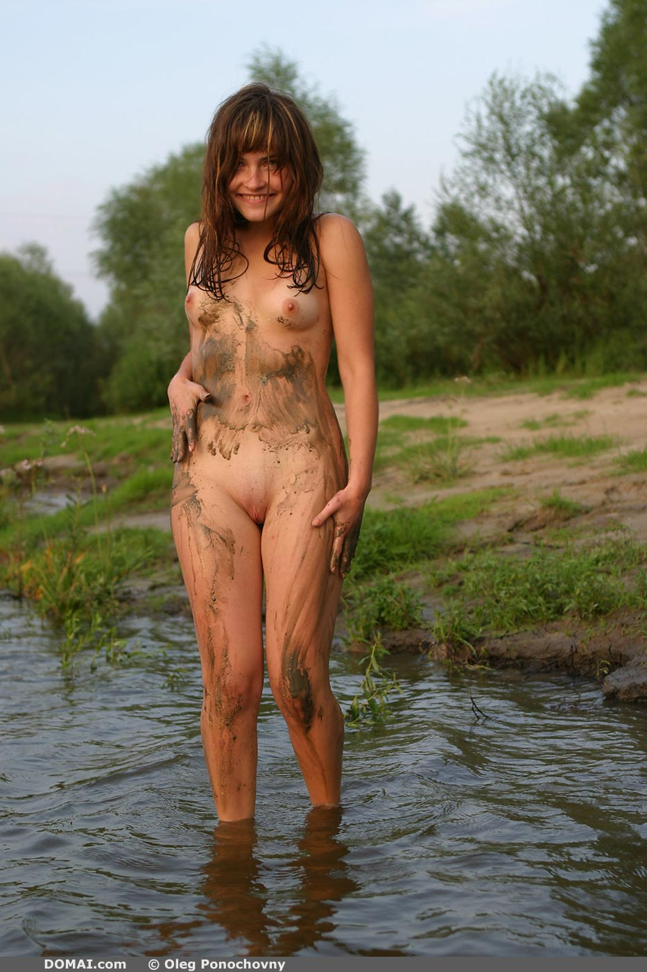 XNudism V20  Free young nudist pics and Nude beach