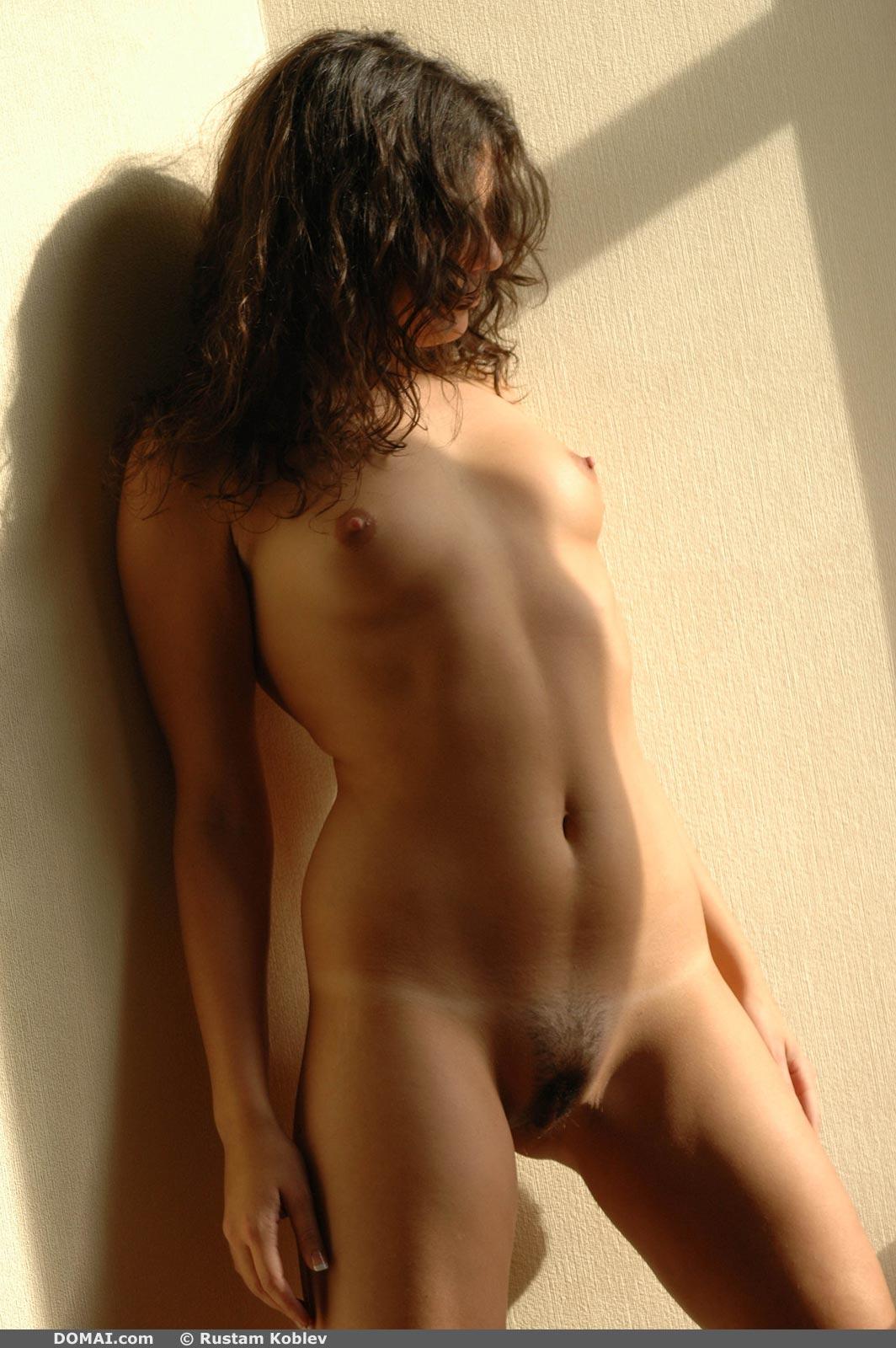 Irisa in Shadow - NudesPuri.com