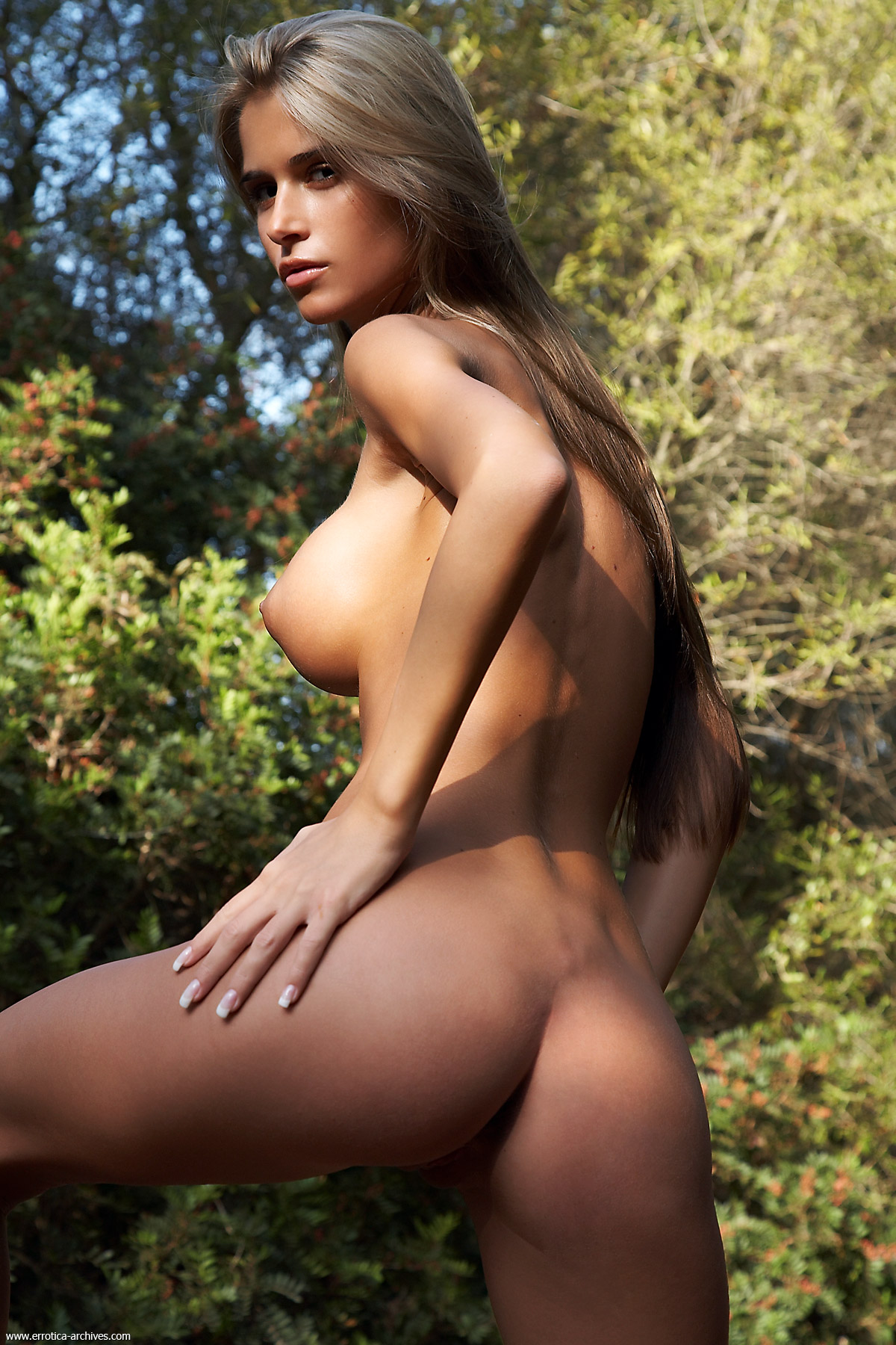 Large amazon beautiful naked fucked comic