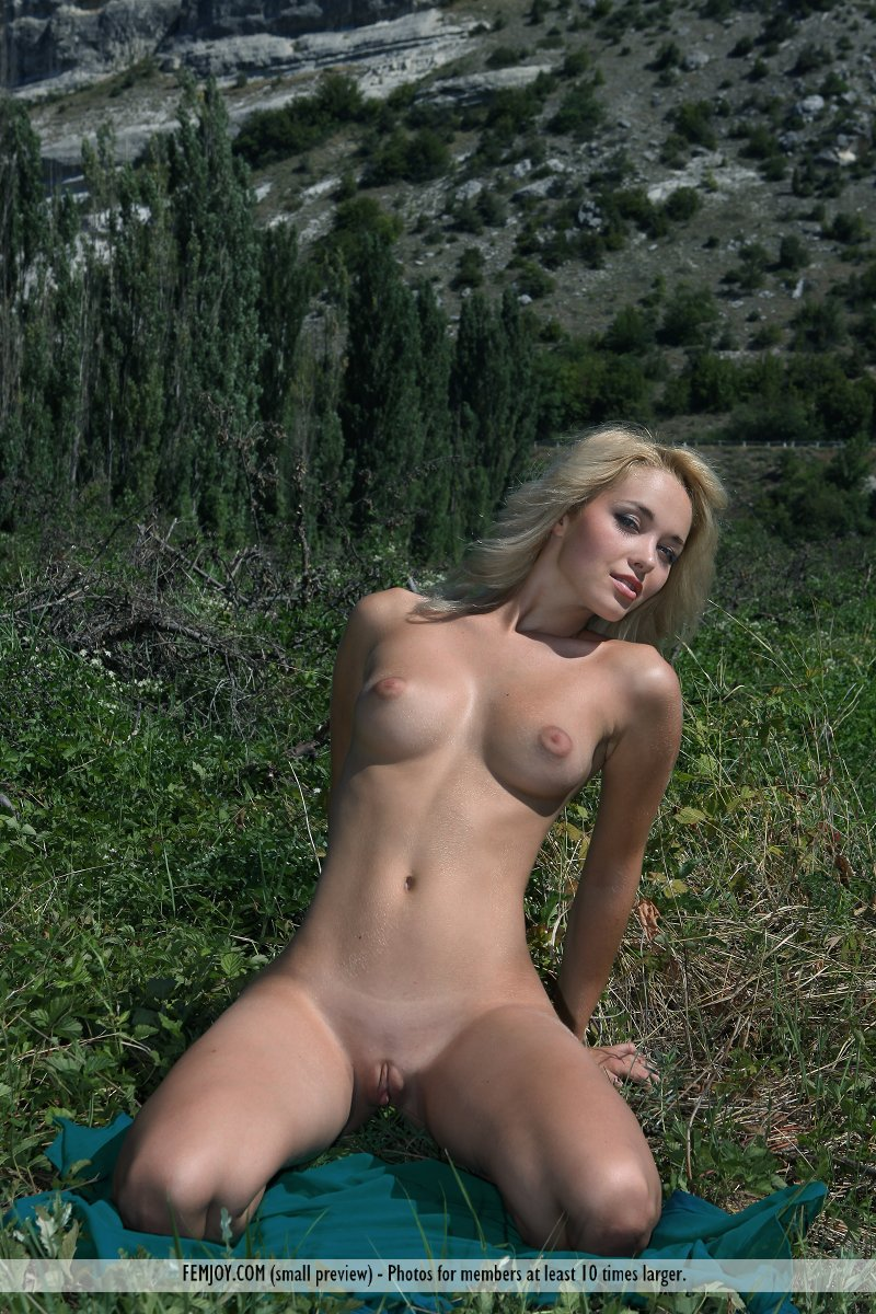 country-girls-nude-naked
