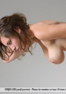 Nude skinny girls fucking