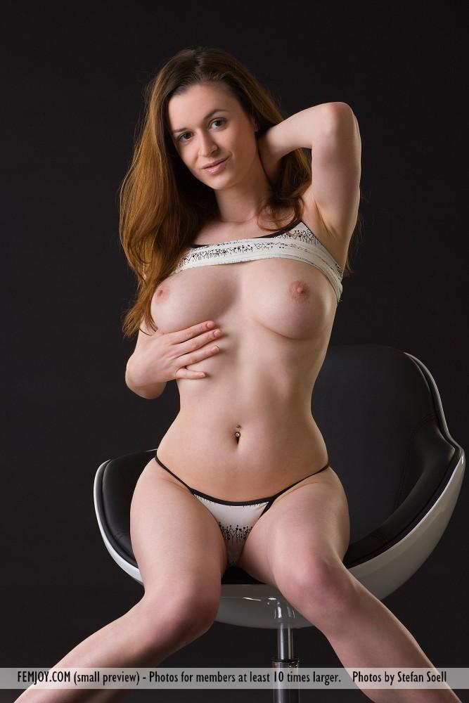 Donna d errico nude video