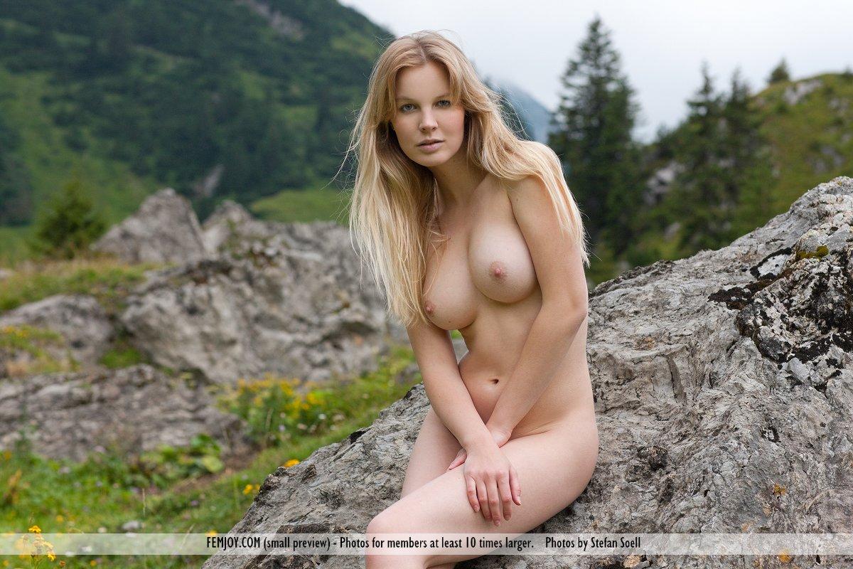 Alice in wonderland porn video