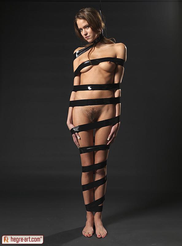 Silvie Black Bondage - NudesPuri.com