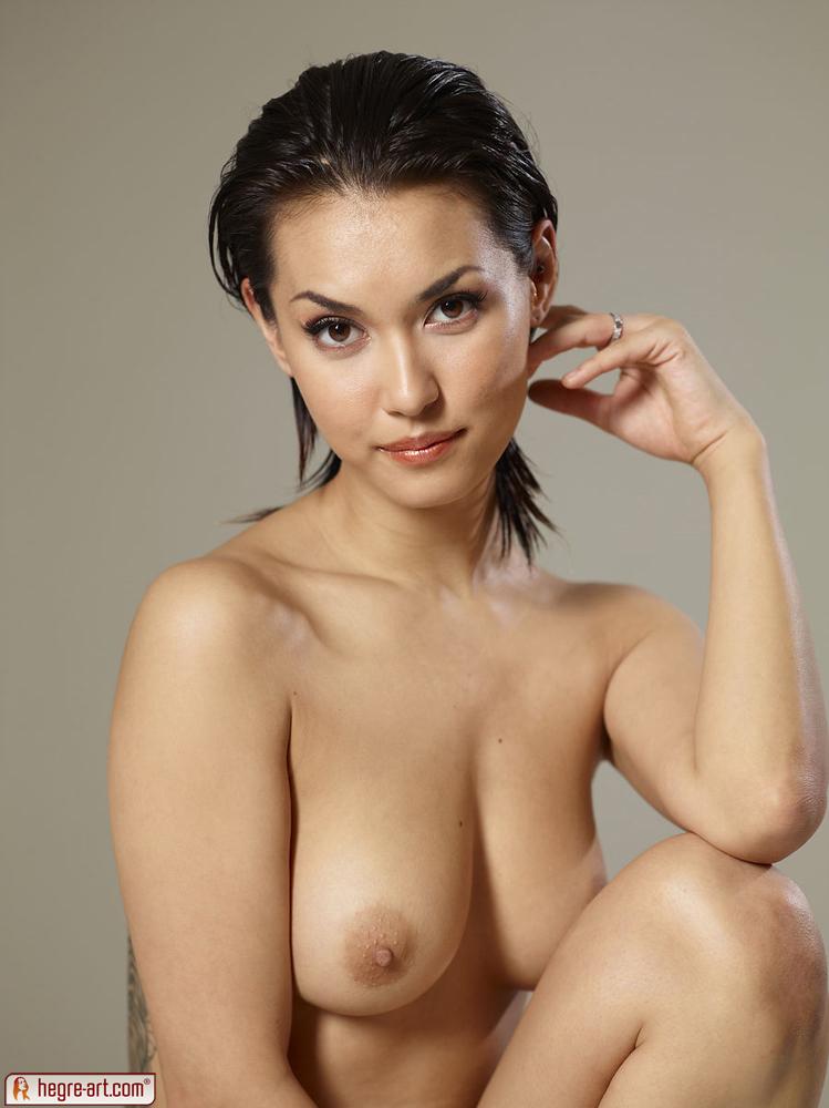 wet-maria-nude