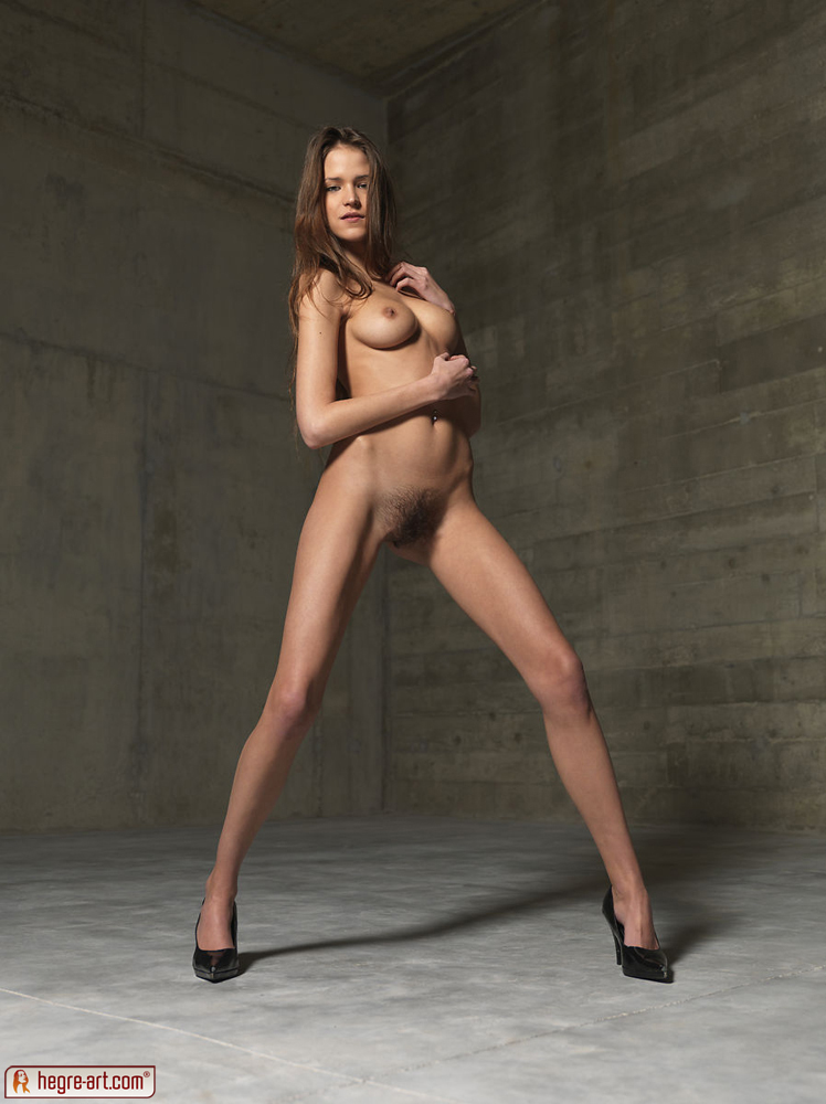 Can Skinny naked girls in high heels