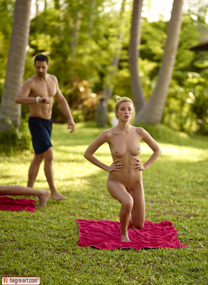 girls-out-west-naked-yoga