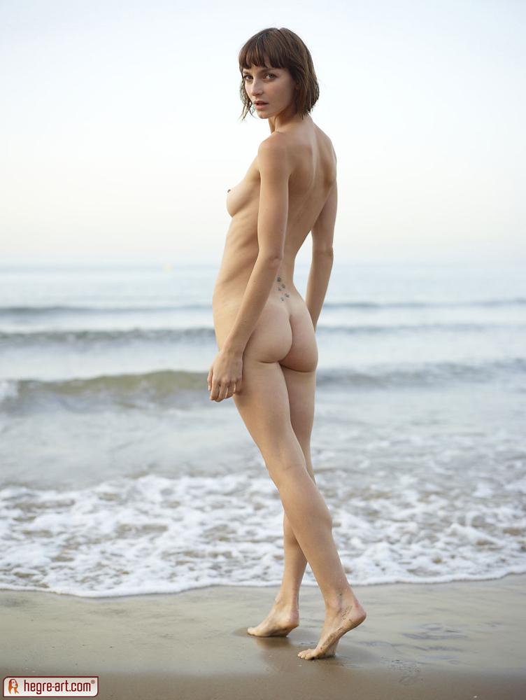 Group retro nude