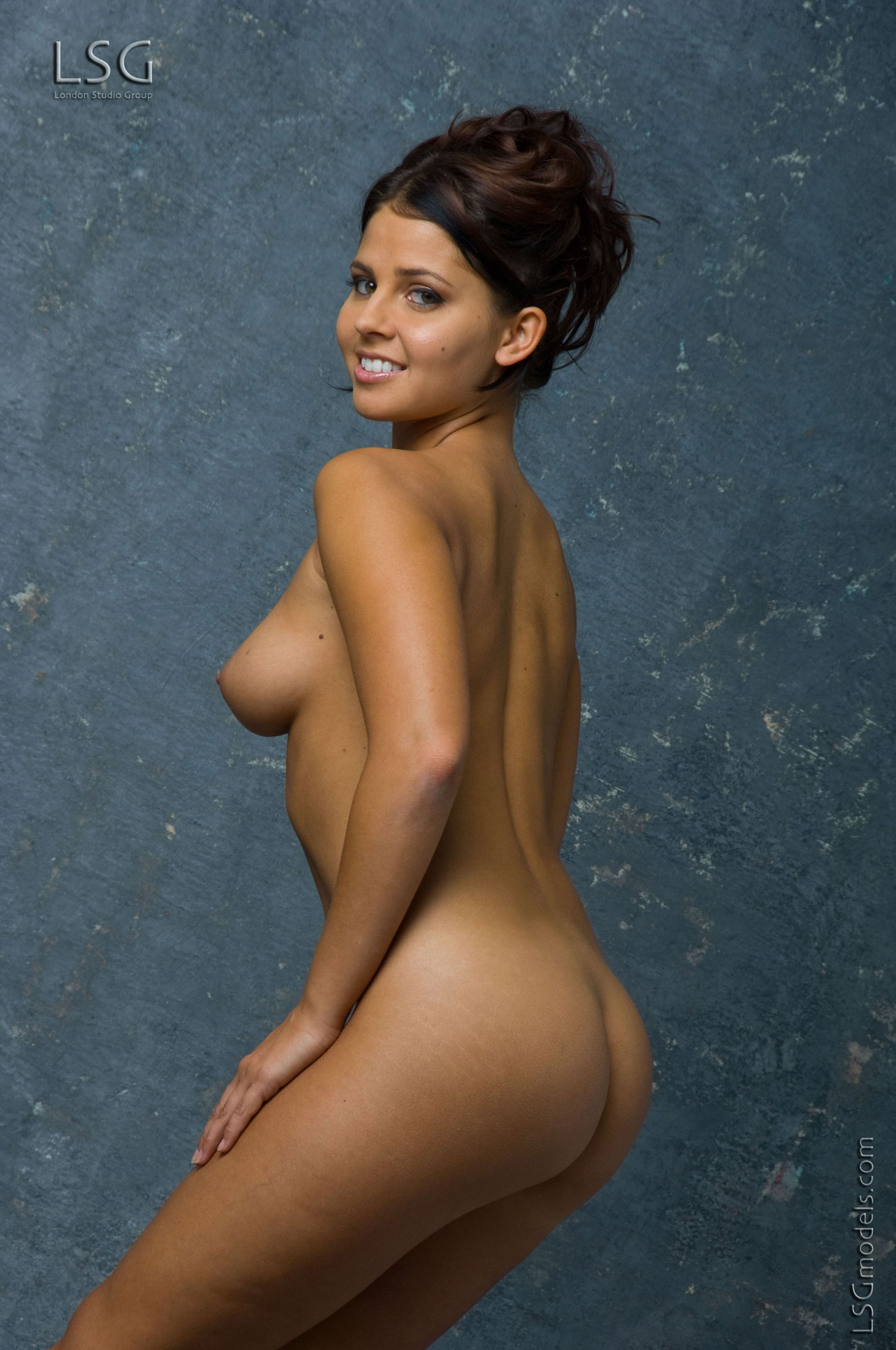 Best Young Naked Girls