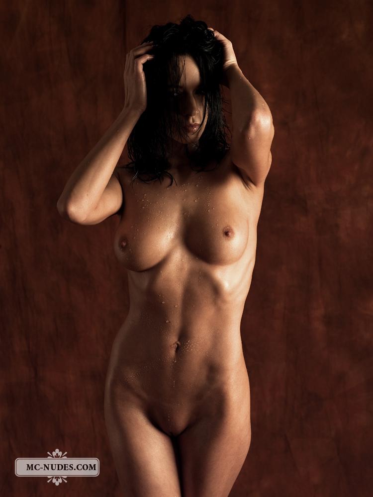 Gwen Nude - Nudespuricom-4044