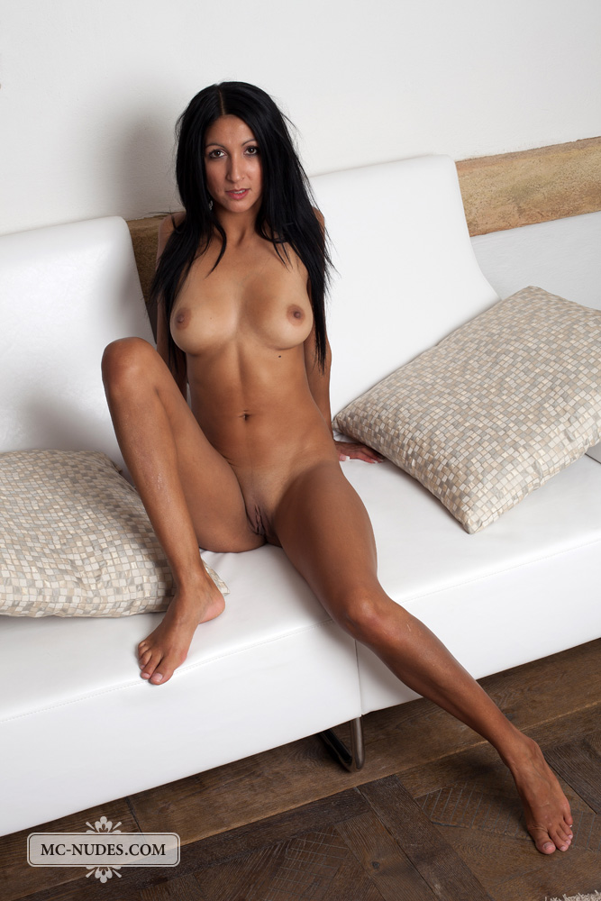 Hot sexy nude brunettes