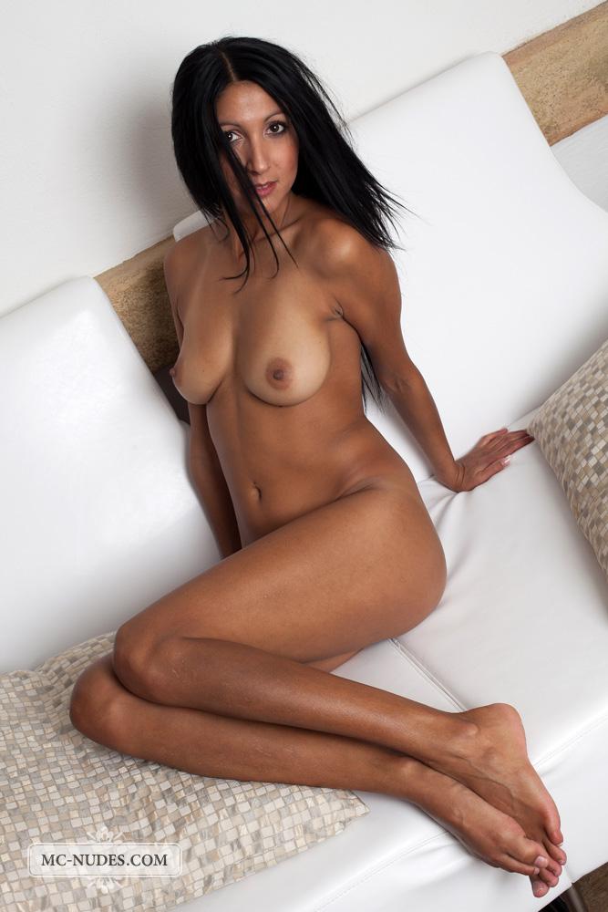 nude model brunette Sexy