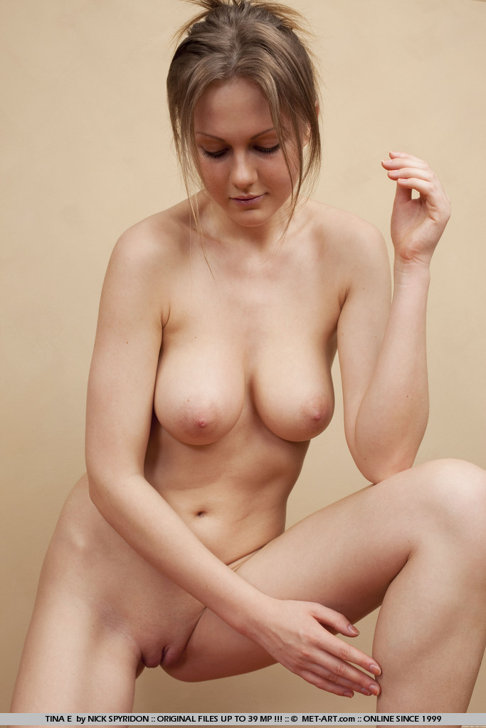 Nudist photo tina
