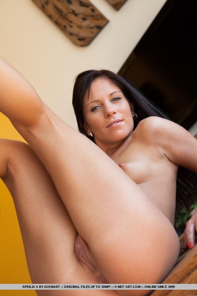 aprilia-a-bravo-erotica-rough-triple-x-hardcore-porn