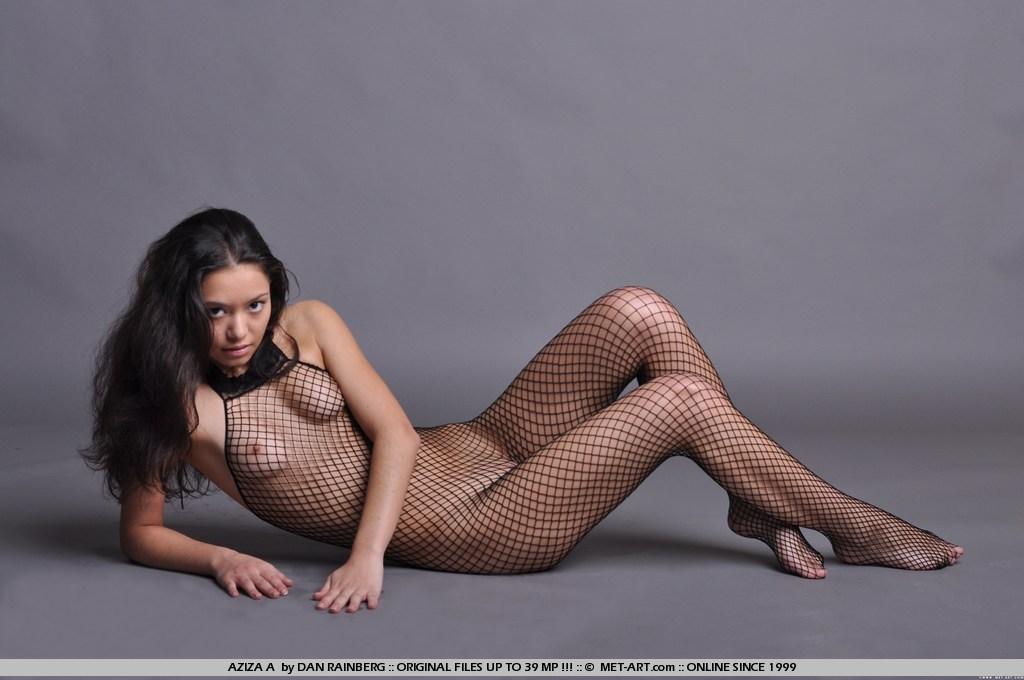Порно артистка азиза