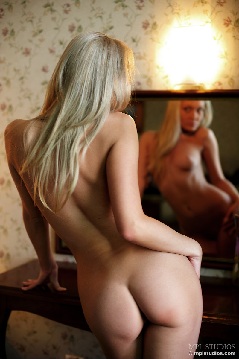more indie nudes