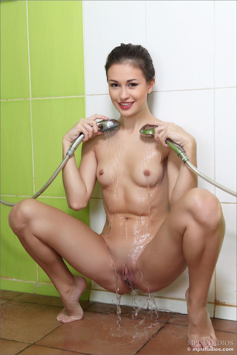 mpl nude shower