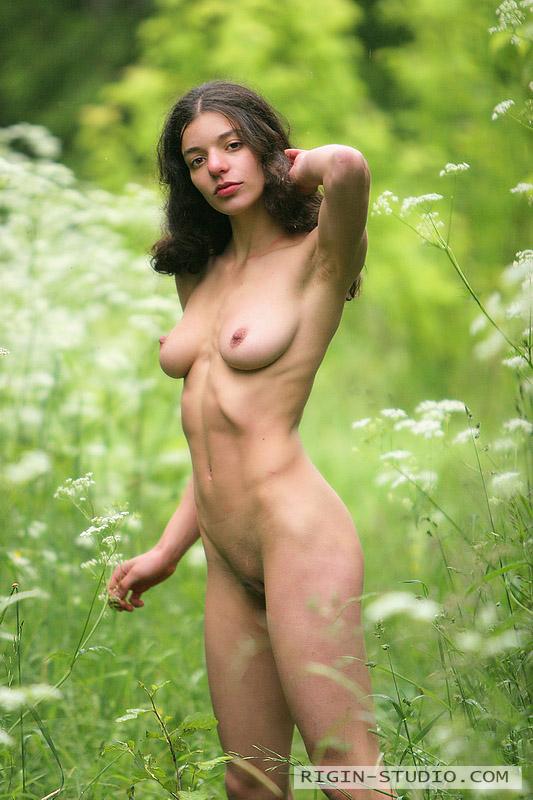 beautiful girls naked anal