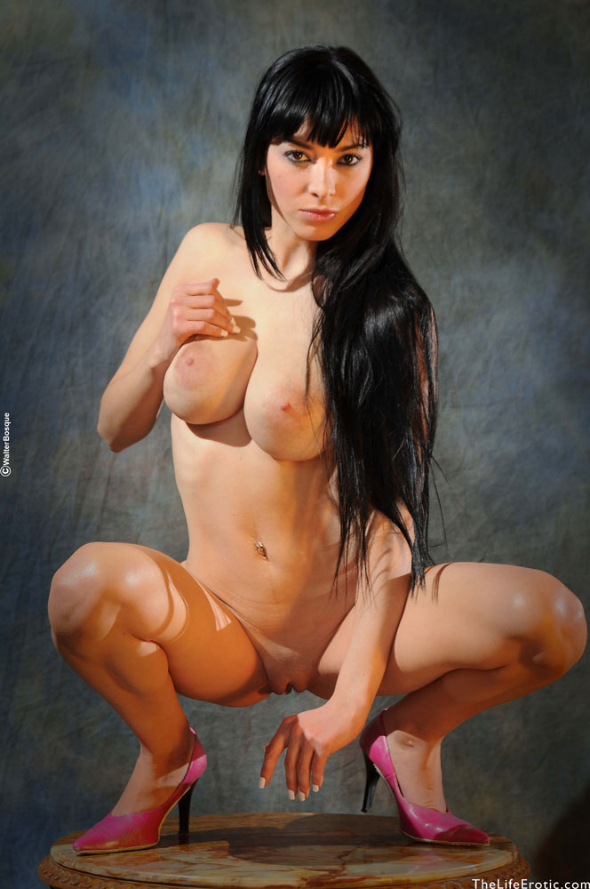 Well classical erotic nudes