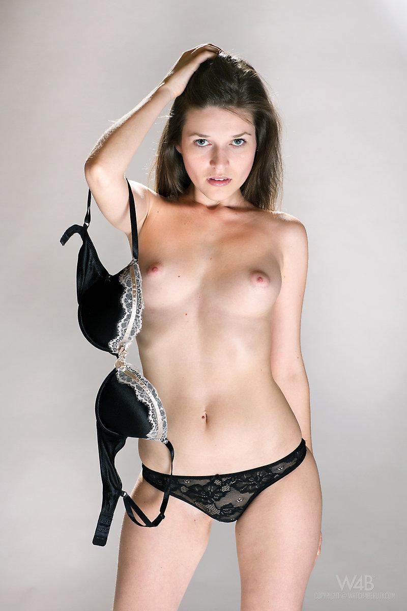 Tube casting naked
