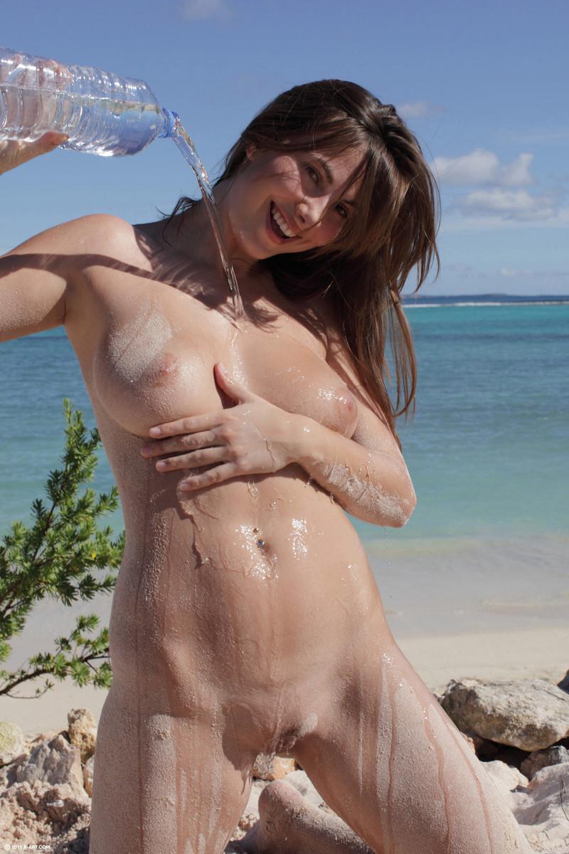 Connie Beach Goddess - Nudespuricom-5838