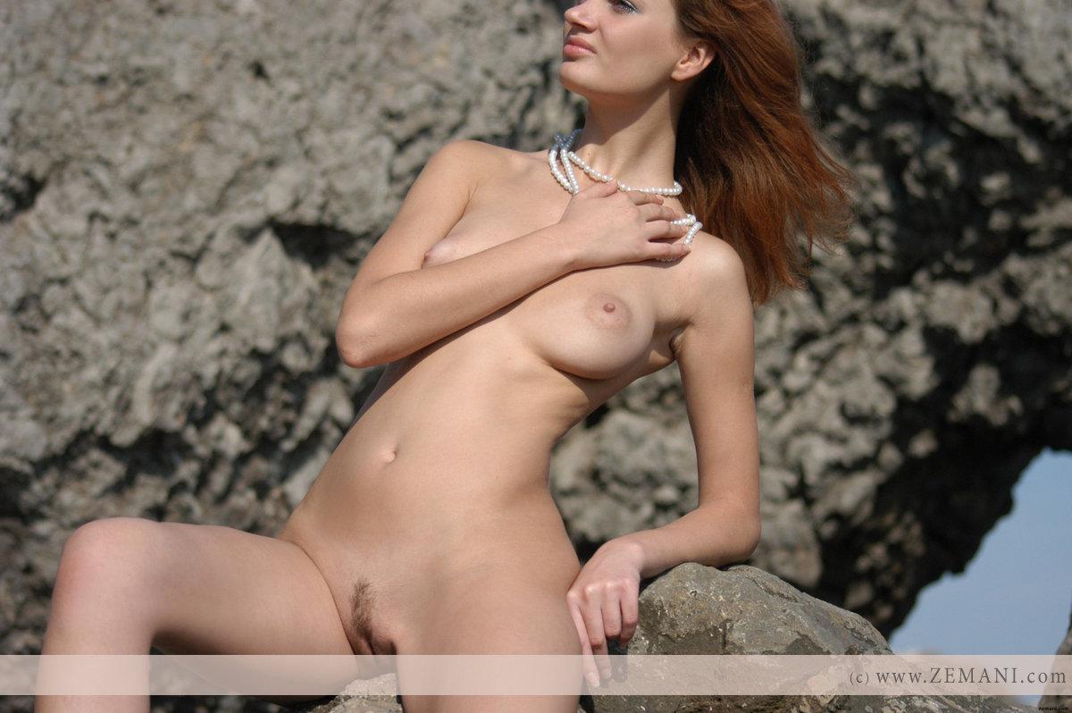 ella purnell naked