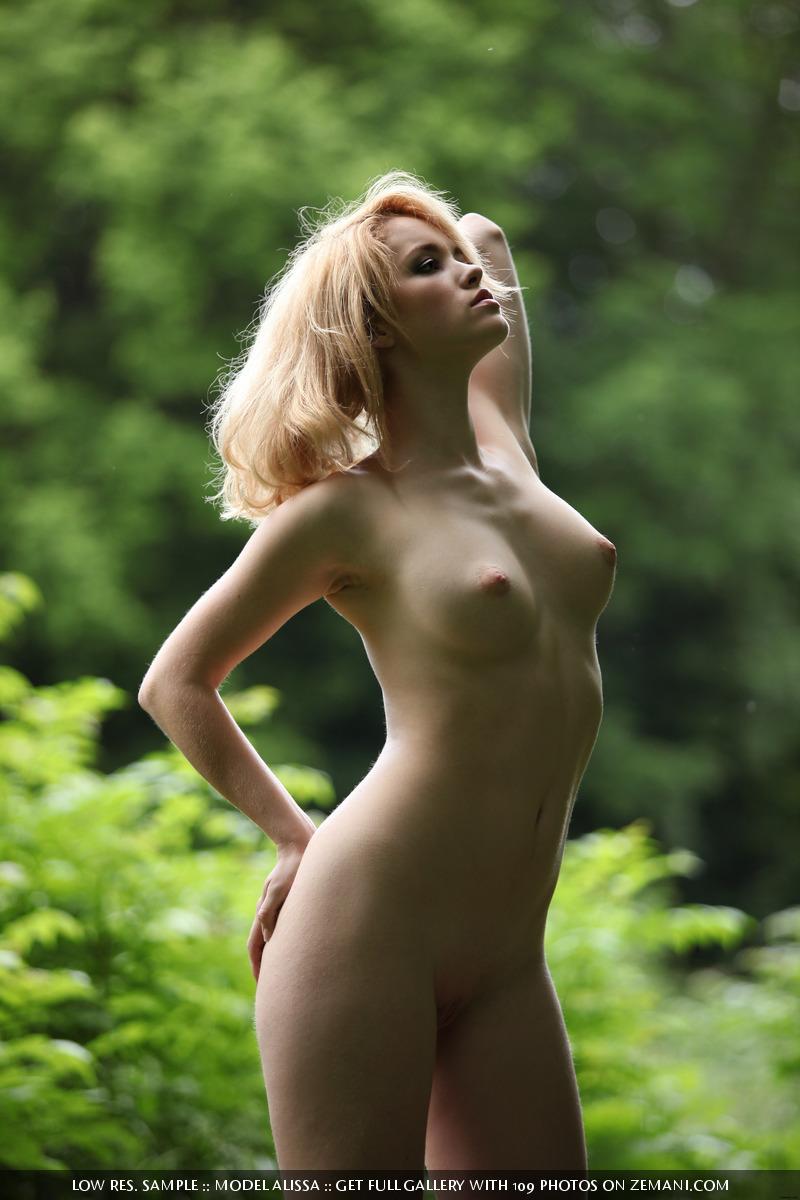 Alissa Nude