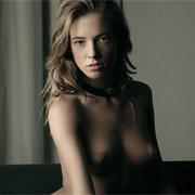 Izabella Carr