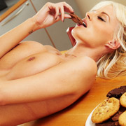 rhian_sugden_eating_milk_and_cookies-4