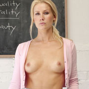 peyton_priestley_in_miss_apple-3