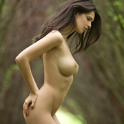 jasmine_nude_in_the_forest-13