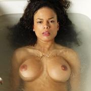 gabirella_bathing-4