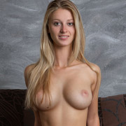 carisha_nude_on_the_couch-5