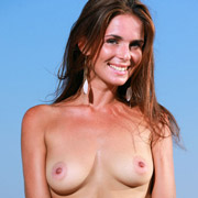 denise_topless_in_jeans-5