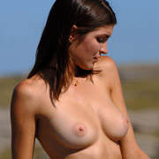 consuelo_in_golden_chain-3