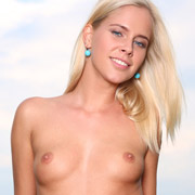 watch_4_beauty_model_tracy_gold_in_with_my_scooter-8